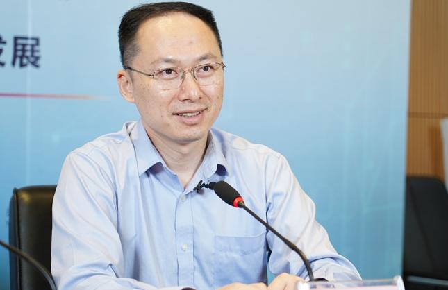 """何曉冬:借力新基建 """"ABCDE""""戰略引領企業數字化"""